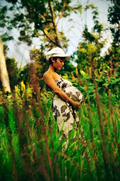 Hawaii Maternity Portrait