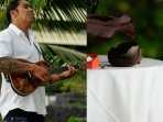 Royal Kona Wedding, Ukulele Singing