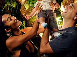 Hawaii Family Portrait with Newborn