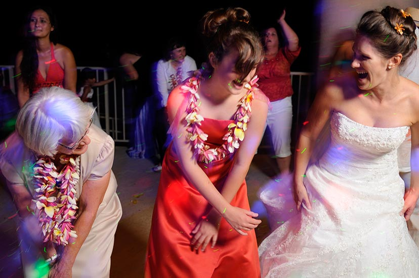 Hawaii Wedding Dancing